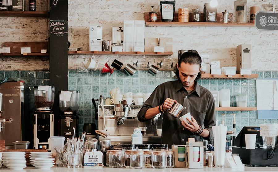 Coffee shop semakin menjamur di kota-kota besar Indonesia