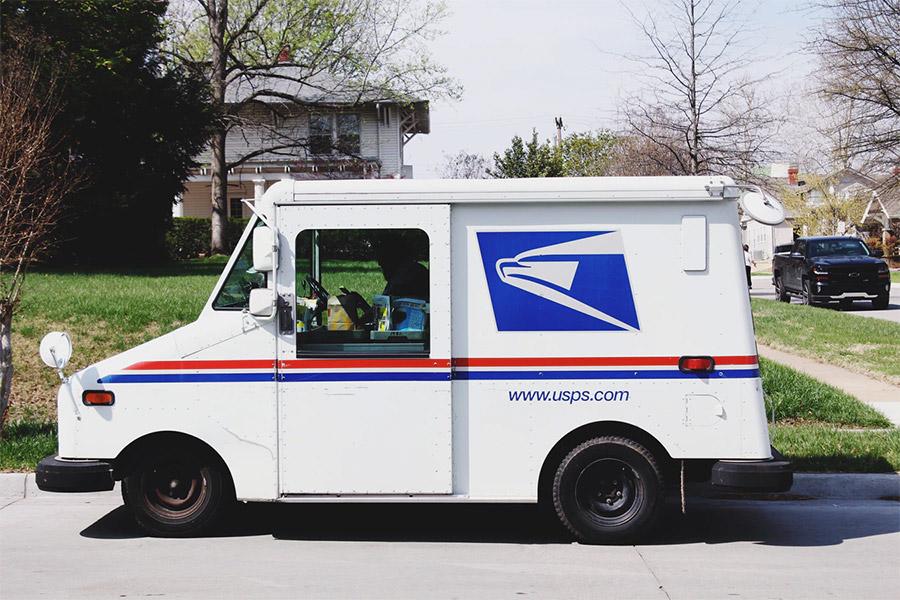 Waktu pengiriman jadi salah satu faktor menentukan memilik kurir yang tepat